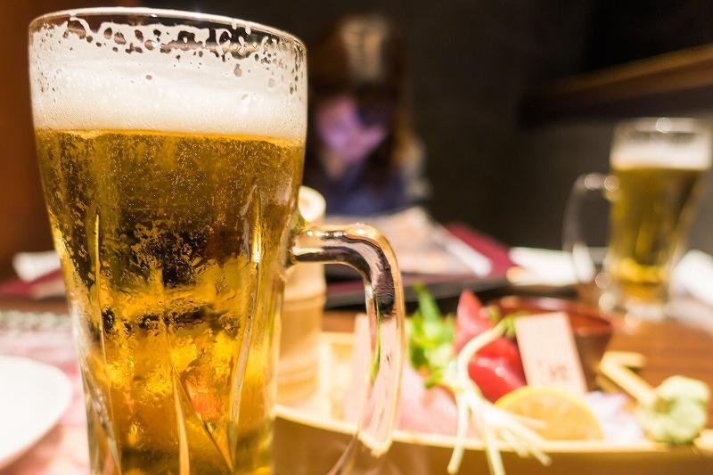 アルコールを飲みすぎるとハゲる?