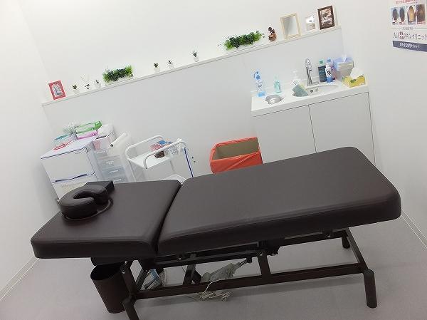 頭皮注射・メソセラピーを行う部屋:AGAスキンクリニック