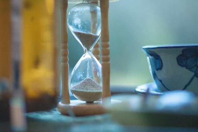 砂時計・着々と時間は進行する